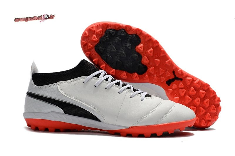 Remise Chaussure Puma One Leather 18.1 Syn TF Blanc Pas Cher