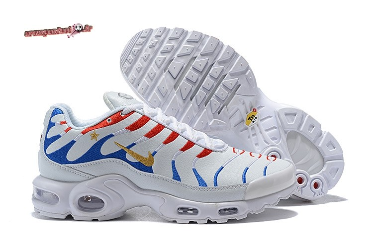 Site Crampons Foot - Chaussure Kylian Mbappe x Nike Air Max Plus 1998 Blanc Pas Cher