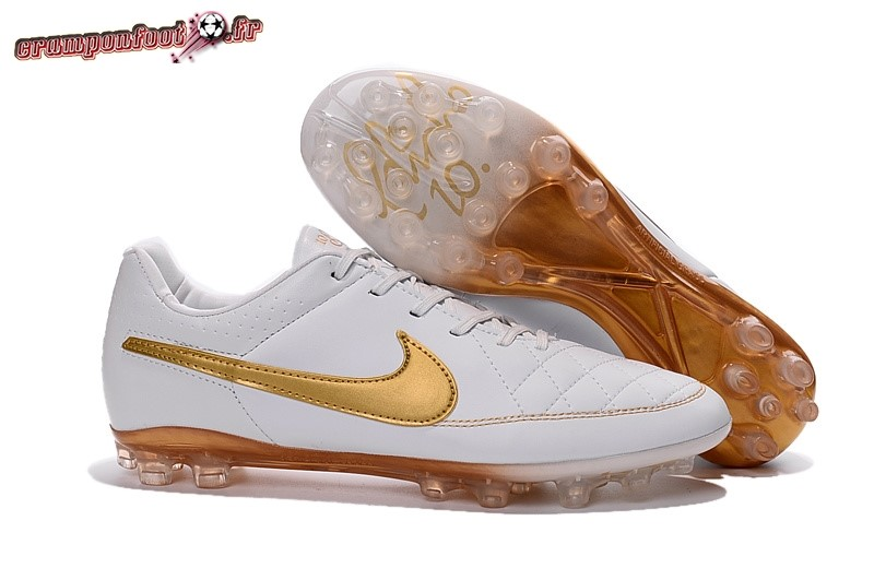 Buy Chaussure Nike Tiempo Legend V AG Blanc Or - Crampon de Foot