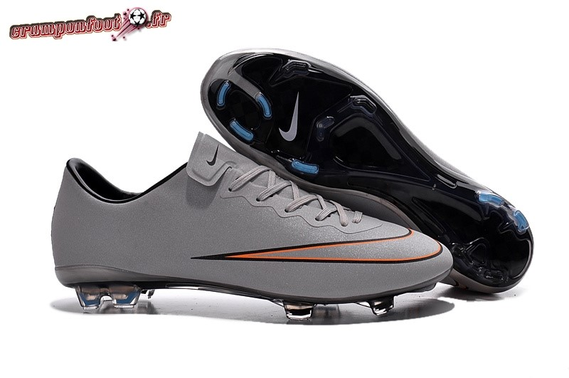 Chaussures de Foot - Chaussure Nike Mercurial Veloce CR7 FG Gris Rouge Chaussure de Foot Salle