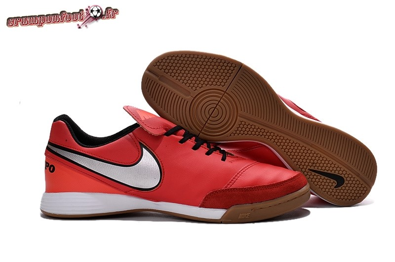 Destockage - Chaussure Nike Tiempo Mystic V INIC Rouge Pas Cher